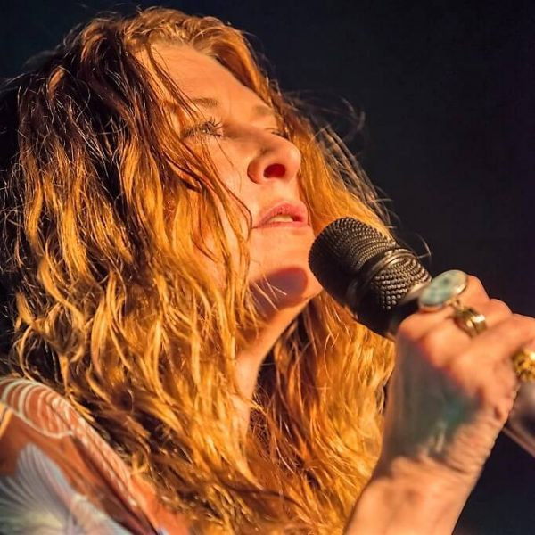 Debbie Newsome peforms her tribute to Janis Joplin live on stage